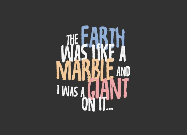 T-Shirt Earth Like A Marble