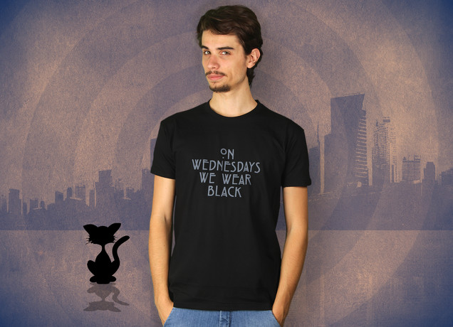 Herren T-Shirt On Wednesdays We Wear Black